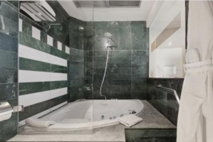 hotel con jacuzzi madrid