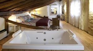 hotel rural con jacuzzi navarra