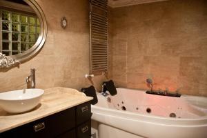 hotel romantico con jacuzzi