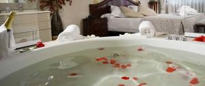 hoteles con jacuzzi en toledo