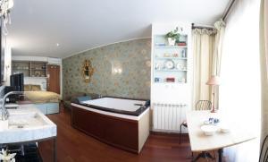 apartamento con jacuzzi cuenca