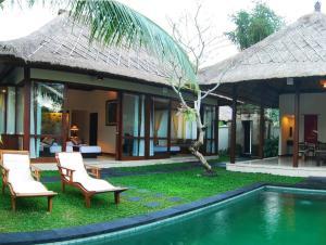 hotel con piscina privada bali